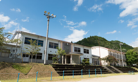 レトロな木造校舎